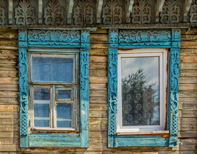 RUSSIAN WINDOWS: A carved past