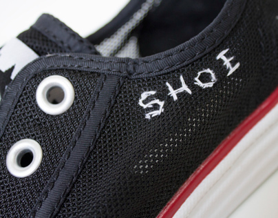 Extreme Sleeping Shoes: Experimental Typography