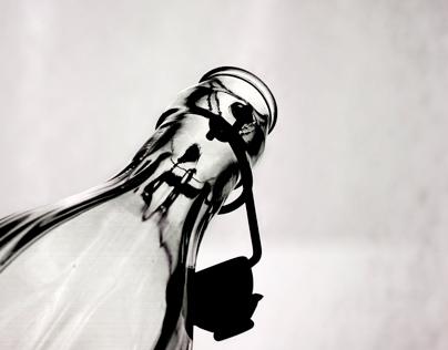 Clip-lock Bottle