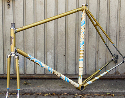 Snake Run – Handpainted Bike Frame