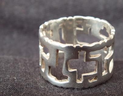 Holed Ring