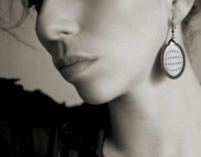 Canvas resin jewelry