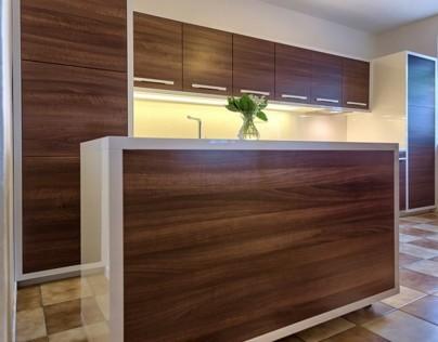 Kitchen Gloss white /  Walnut Cova