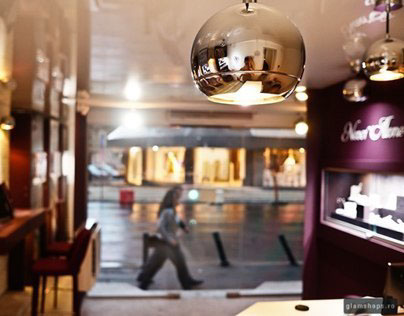 Firesq jewelry shop design by Glamshops.net