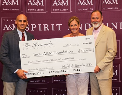 Brownsville Scholars Program Provides Aid to Low-Income