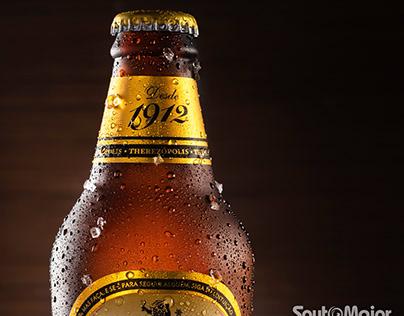 Fotografia de garrafa de cerveja
