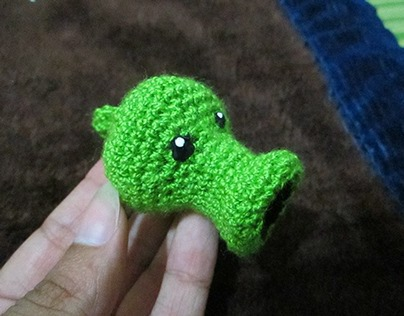 Plants Vs Zombies Amigurumi Keychain
