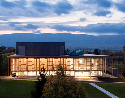 The Mercersburg Academy, Burgin Center for the Arts