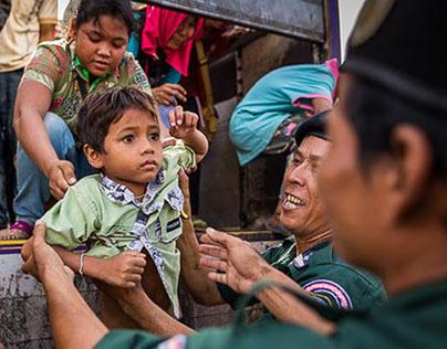 Cambodian Migrants Flee Thailand
