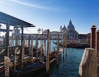 Venetian gondola dock