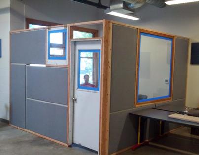 Studio 3 meeting room.