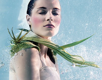 COOL DOWN - UNDERWATER JEWELLERY SHOOT
