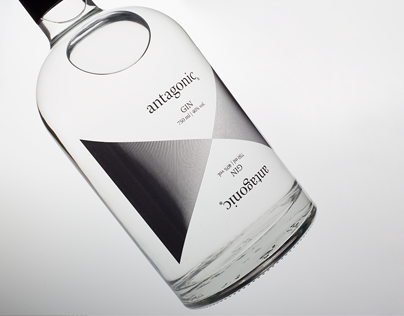 Antagonic. The dark side of gin.