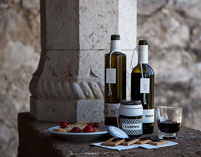 Identity and packaging _ Tor di Monte