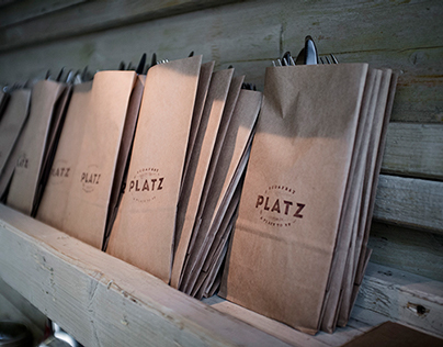 PLATZ II.