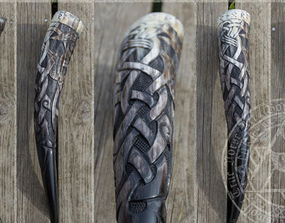 "Carved Drinking Horn ""Honour"""