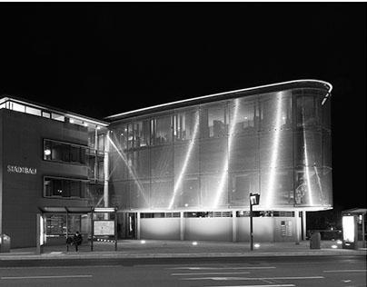 Architektur: Nacht und Licht