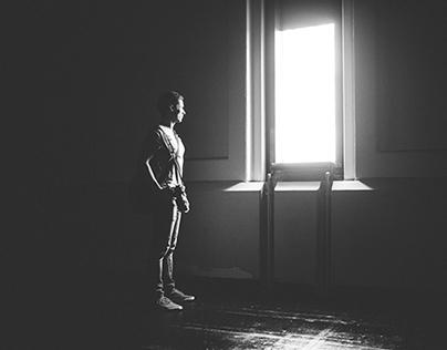 • WINDOWLIGHT •