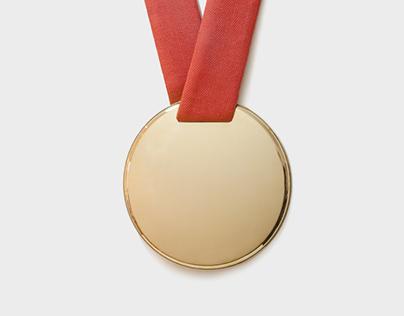 Medal mirror