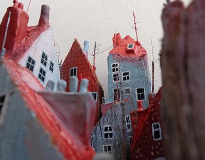 Wooden houses - LUSTR festival 2020