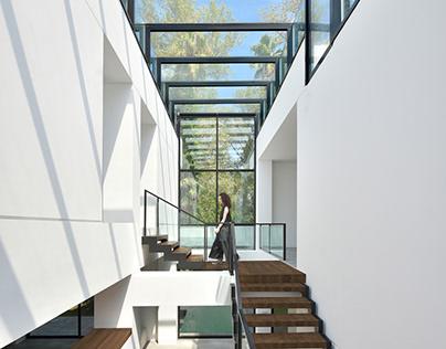 Ferdows villa by Kourosh Rafiey Design Studio