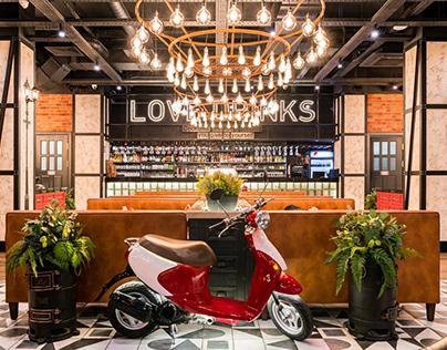 "Restaurant ""Tokio-City"" in shopping center Moscow."