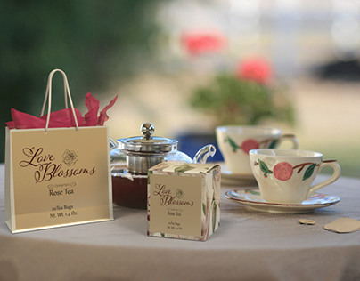 Love Blossoms Rose Tea
