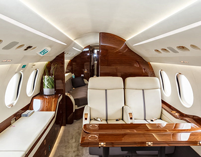 Ashish Bhandari (Dubai) Discusses The Luxuries of Flyin