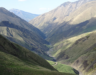 Mountain road in Georgia to the border with Chechnya
