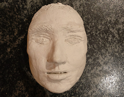 A White Clay Face Mask