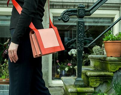 Dutch Design hand made leather bag: Swing, HvE