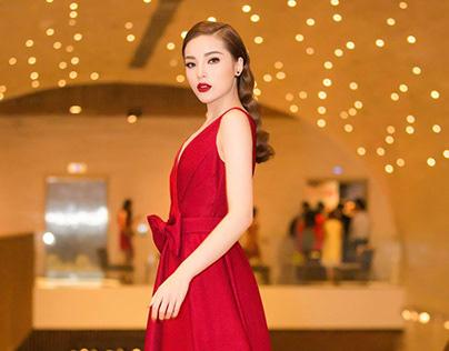 11 mẫu váy đỏ ấn tượng năm 2018