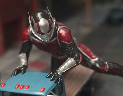 Ant-Man and the Wasp Main-on-End Title Sequence