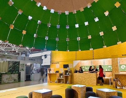 Biobizz stand. Cardboard dome