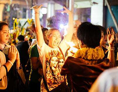 Thousands drawn to faith and flame at Navratri Festival