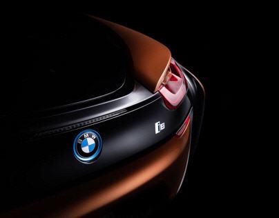 BMW i8 Roadster (Driven magazine)