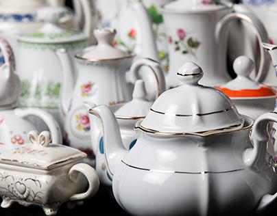 The Curious Case of Tintinnabulum's Teapots