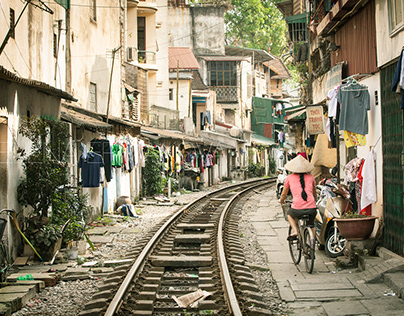 Vietnam: Cities & Architecture