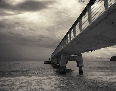 .....about one pier