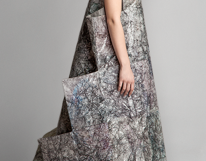 Pyramid dress - experimental paper textile