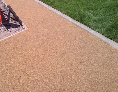 Permeable Resin Bound Gravel Footpath Surface London