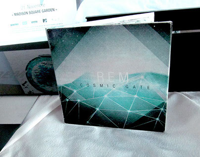 Rem - Deluxe Edition / Diseño I - Gabriele