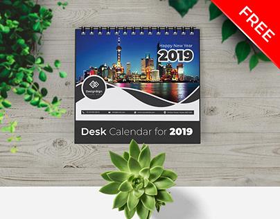Desk Calendar 2019 (FREE)
