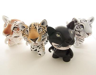 Munnyworld Customs: Cat Power
