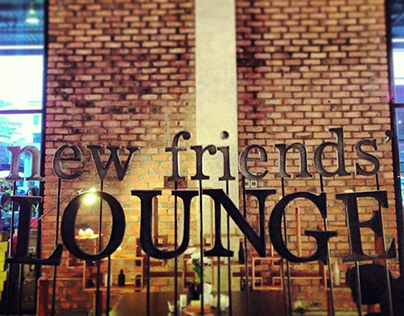 New Friend's Lounge Sign