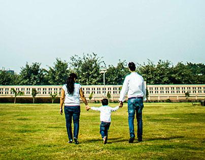 Happy Families (Family Portraits)