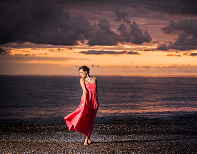 Profoto B1 Fashion Shooting |  Dresses: Theodora |