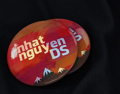 Pin badge PSD free mock up