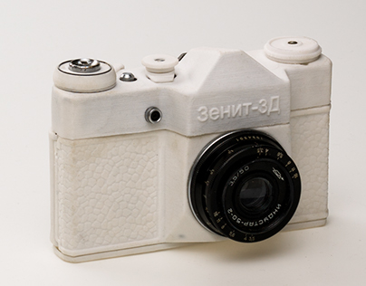 Zenit 3D - a 3D scanned and printed analog Camera