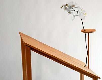 Ikebana Table